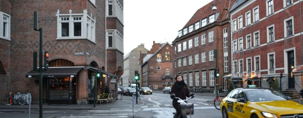 Offentlig transport gør det nemt at komme rundt i hele Danmark